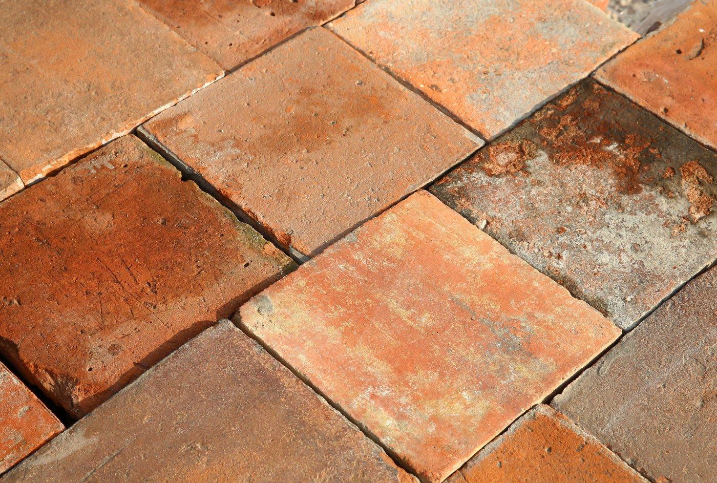 Fußboden Fliesen Terracotta ~ Alte holländische fliesen de opkamer antike böden und kamine