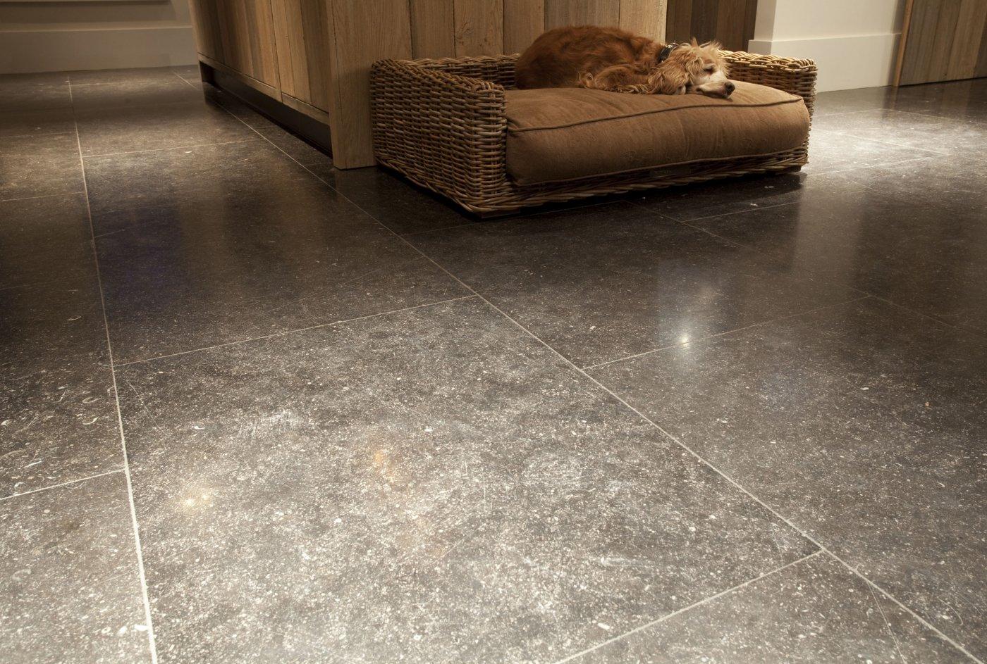 belgischer stein geschliffen ref n52 belgischer blaustein naturstein b den de. Black Bedroom Furniture Sets. Home Design Ideas